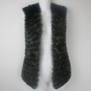 Fuzzy Sleeveless Vest M/L